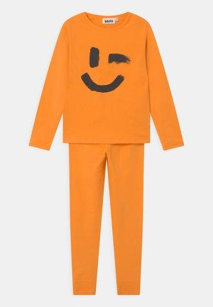 LOV UNISEX - Pyžamová sada - sunset orange