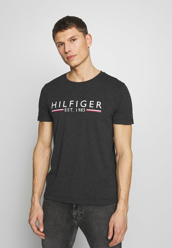 Tommy Hilfiger TEE - T-shirt z nadrukiem - grey/antracytowy Odzież Męska CBNQ