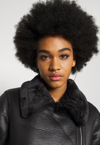 New Look - AVIATOR CHRISSY  - Faux leather jacket - black - 4