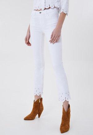 Trousers - optic white