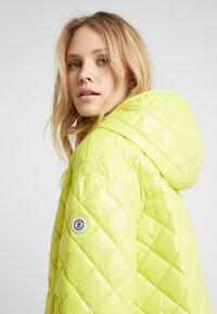 Bogner - BELLA - Krótki płaszcz - lemon - 3