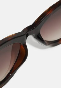 QUAY AUSTRALIA - FLEX - Occhiali da sole - tort/brown - 4