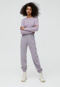 PULL&BEAR - Teplákové kalhoty - mauve - 1