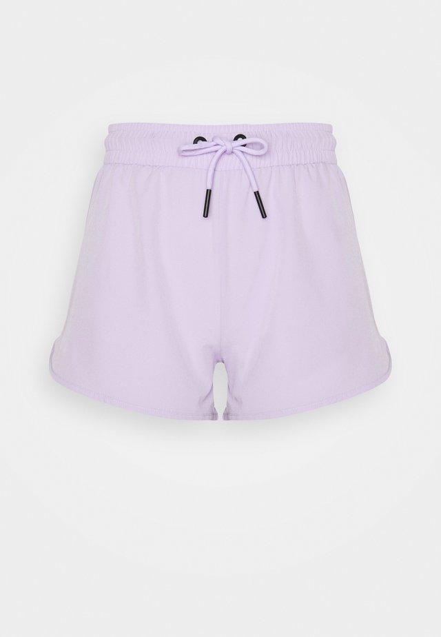 REZI RUNNER SHORT - Short de sport - lilac
