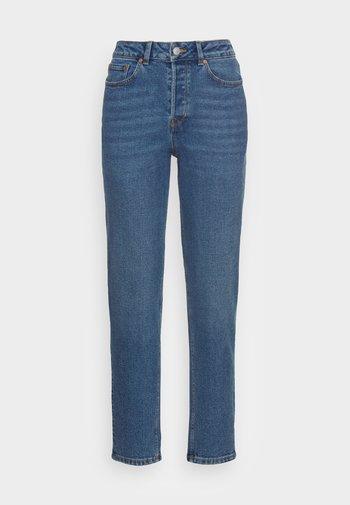 MOM FIT - Straight leg jeans - mid stone bright blue denim