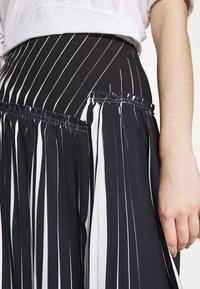 3.1 Phillip Lim - KNIFE PLEATED SKIRT - Maxi skirt - black/white - 4
