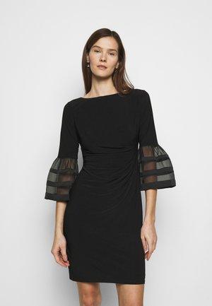 MID WEIGHT DRESS - Jerseyklänning - black