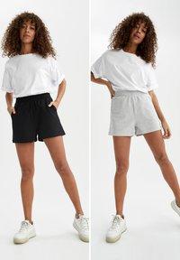 DeFacto - 2 PACK - Shorts - black - 0