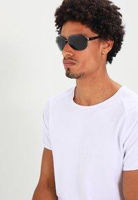 Ray-Ban - Sunglasses - gunmetal/green - 1