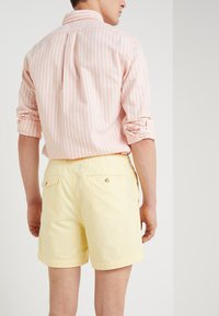 Polo Ralph Lauren - CLASSIC FIT PREPSTER - Short - yellow oxford - 3