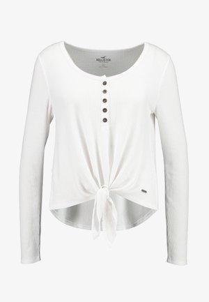 EASY HENLEY TIE FRONT - Pitkähihainen paita - white