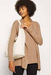 GAP - BELLA THIRD - Kardigan - classic camel - 3