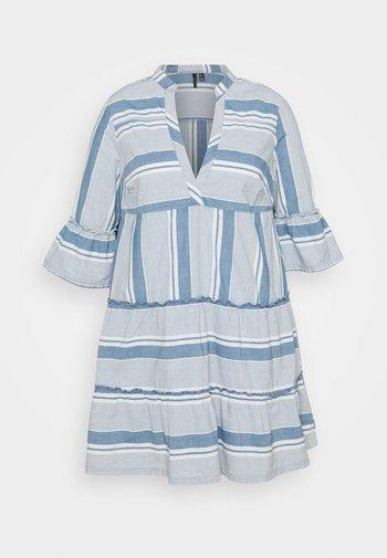 VMAKELA - Day dress - light blue denim/white