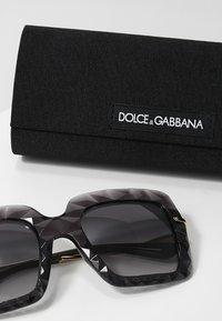 Dolce&Gabbana - Solglasögon - grey - 3