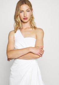 Forever New - ASSYMETRIC MINI - Vestito elegante - porcelain - 3