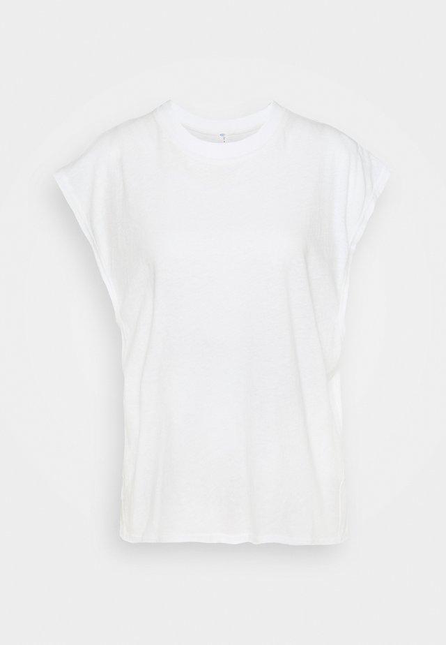 POPPY DREAMS CUT OFF TEE - T-shirt print - ivory