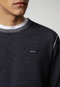 Napapijri - DRAO CREW - Stickad tröja - blu marine - 3