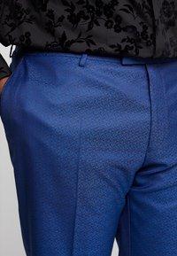 Twisted Tailor - REGAN SUIT PLUS - Suit - blue - 6
