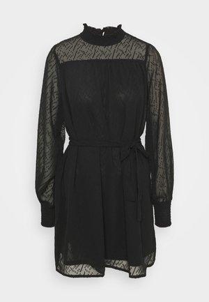 ONLJANET SMOCK DRESS - Cocktailkjole - black