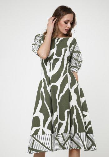 KLEID ROBERTA - Day dress - khaki/weiß
