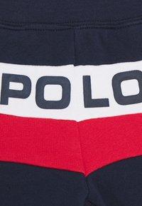 Polo Ralph Lauren - BOTTOMS - Shorts - newport navy - 2