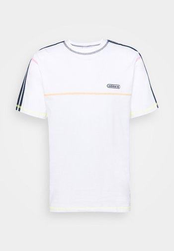 STITCH - T-shirts print - white