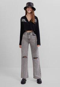 Bershka - MIT PRINT  - Button-down blouse - black - 1