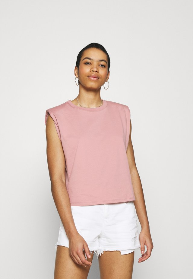 Jednoduché triko - light pink