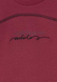 adidas Originals - CREW SET UNISEX - Survêtement - legred - 3