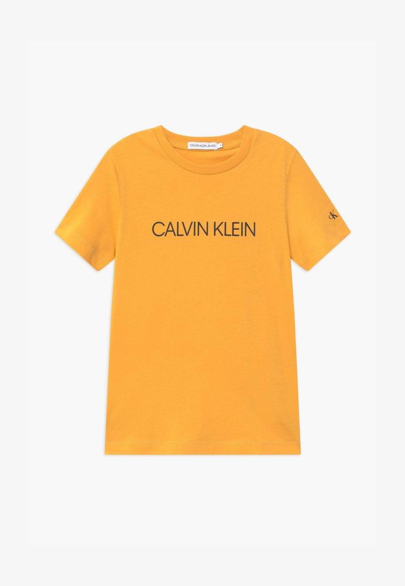 Calvin Klein Jeans - INSTITUTIONAL - Print T-shirt - yellow