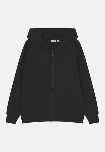 NKFNASWEAT HOOD - Zip-up sweatshirt - black