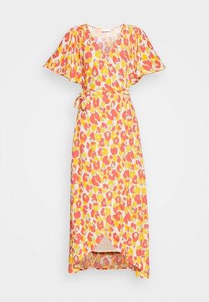 ARCHANA SLEEVE CATO DRESS - Maxi dress - pink