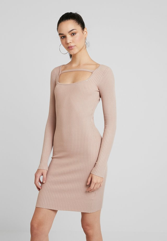SQUARE NECK TABRIB DRESS - Jumper dress - beige