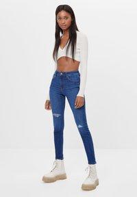 Bershka - MIT HOHEM BUND  - Jeans Skinny Fit - dark blue - 1