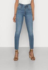 Esprit - SHAPING - Jeans Skinny Fit - blue medium wash - 0