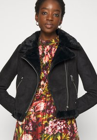 New Look - ANNA AVIATOR - Faux leather jacket - black - 3