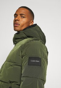 Calvin Klein - CRINKLE  - Winter jacket - green - 5