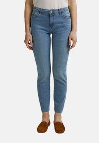 Esprit - Slim fit jeans - blue light washed - 0