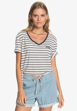 Print T-shirt - snow white kuta stripes