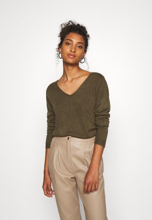 BYMALEA V NECK JUMPER - Jersey de punto - olive night