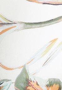 O'Neill - FIJI GLOBAL - Bikini top - white/green - 6