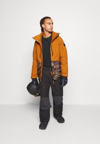 O'Neill - TEXTURE JACKET - Snowboard jacket - glazed ginger - 1