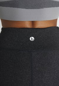 Cotton On Body - ACTIVE CORE CAPRI - 3/4 sports trousers - charcoaly - 6