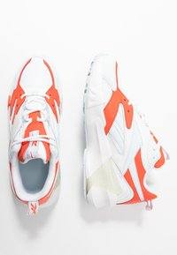 Reebok Classic - AZTREK DOUBLE  - Sneakers basse - vivid orange/glass blue/white - 3