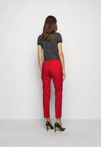 Lauren Ralph Lauren - STRETCH PANT - Chinos - lipstick red - 2