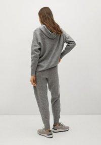 Mango - COSY-I - Teplákové kalhoty - gris medio vigoré - 2