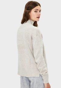Bershka - Stickad tröja - light grey - 2