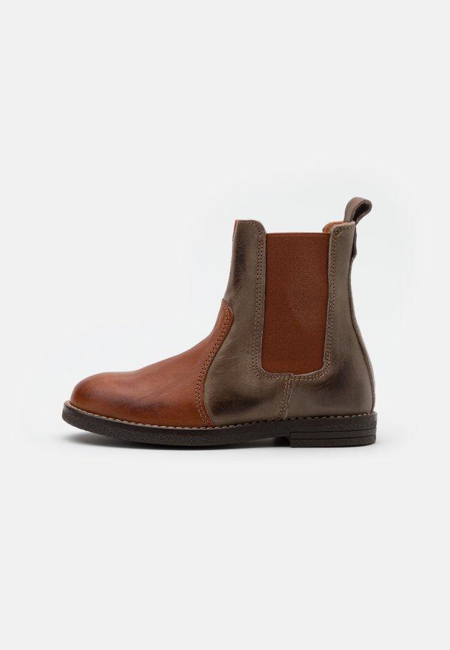 NANNA - Kotníkové boty - brandy