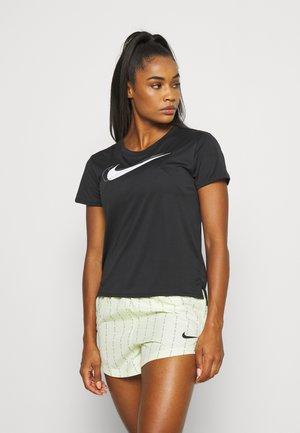 RUN - Camiseta estampada - black/white