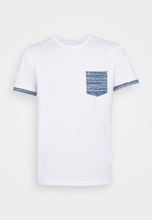 SLHREGADAO O NECK TEE - Print T-shirt - white